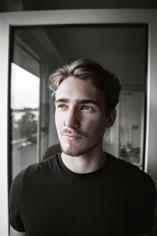 Portraitshooting schwarz/weiß Fotografie Berlin Malemodel - Marco van Oel